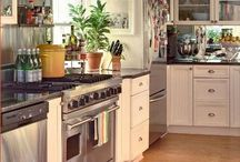 Kitchens / by Luisa McClelland