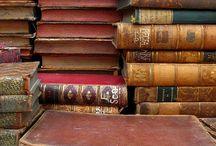 A thousand lives through books