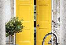 Exterior Paint Ideas / At Little Greene we pride ourselves on producing the best quality paints for interior and exterior use. Our products combine the highest technical performance with the most beautiful finish and profound depth of colour.