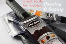 Holiday Gift Ideas / Need an idea for a holiday gift? These awesome bloggers have you covered! / by Mama Knows It All