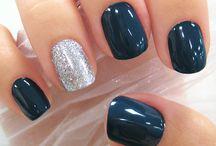 Nails / by Hnan rlz