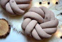 Poduszka supeł knot pillow