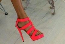 OMG Shoes. / by Casondra Bunker ♡