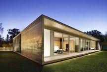 Arquitectura Hormigón / Tablero que muestra proyectos ajenos a Mo.A, que sirven para expresar nuestras preferencias arquitectónicas