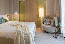 """designed by JOI-Design: WOHNIDEE-Suiten / 3 Suiten, 3 Gestaltungskonzepte: Im Rahmen der weltweit größten Möbelmesse """"imm cologne 2016"""" öffnen die innovativen #WOHNIDEE-Suiten auf der 6. Etage des #RadissonBluKöln erstmalig ihre Pforten. Die von uns gestalteten Stilwelten bieten mit den 4*Suiten #BohemianLoft, #NaturalBliss und #UrbanRetro 3 komplett unterschiedliche Typen. Mehr Infos: http://blog.joi-design.com/wohnidee-suiten-von-joi-design-feiern-im-radisson-blu-koeln-mit-drei-aussergewoehnlichen-konzepten-offizielle-eroeffnung/"""