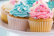 Cupcakes & Cookies / by Suzanne Carter