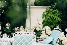 EXQUISITE GARDEN PARTYS / by Kate Smith