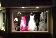 emb-fashion etalage / www.emb-fashion.nl bruidsmode voor de volslanke vrouw maat 48 t/m maat 70!!