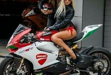 motos girls
