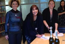 Με υπογραφή / Οι αγαπημένοι μας συγγραφείς βάζουν την υπογραφή τους στις Εκδόσεις ΨΥΧΟΓΙΟΣ!