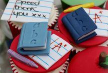 teacher cupcakes/cakes