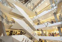 Interior Design Malls / by Laura Castaño