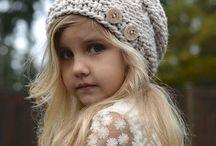 Mädchen Mützen und Schals