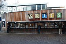 Referenties: utiliteitsbouw / Hieronder treft u een overzicht aan van projecten in Nederland. Het gaat om projecten waarbij Gorter dakluiken, wandluiken, plafondluiken of vloerluiken heeft geleverd.