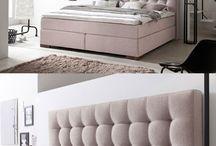 Schlafzimmer // Bedroom