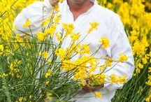 Cueillette / La base de la cuisine du Chef Édouard Loubet, les herbes sauvages du Luberon