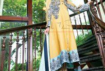 Sana & Samia Cotton Print. / #LALA #midsummer Sana & Samia Cotton Print #collection.  #Style #fashion #style360 #pakistan #fashionweek