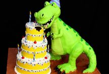 Dinosaur Cakes / Fantastic cakes for a dinosaur-themed birthday party. What a special treat!