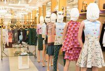 OPENING CEREMONY X MAGRITTE / Le célèbre concept store (et marque) US Opening Ceremony s'est associée à la fondation Magritte. Pour l'occasion, la référence US a demandé à Vans, Birkenstock ou encore Manolo Blahnik de créer une collection capsule de chaussures directement inspirée des oeuvres du célèbre peintre.  http://lesgarconsenligne.com/2014/03/16/opening-ceremony-x-magritte/