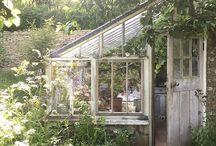 Greenhouses & Solariums