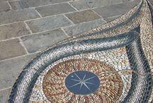 Mosaicos ♾ / Sus representaciones muestran escenas bélicas, de la vida cotidiana, juegos, mitología, caza…, en definitiva, a través de los mosaicos tenemos una visión ...
