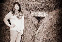 Senior Picture Ideas / senior pictures / by Ally Blanchfield