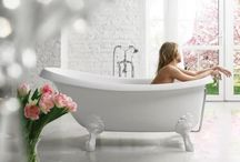 Baths in Cast Stone / Baths made in Cast Stone (artificial marble), Solid composite with a glossy surface.