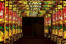 """Festival de las luces """"Dandenong"""" en Australia / El festival de un mes de duración, en el suburbio de Dandenong en Melbourne, Australia, es creado por """"Las Obras Culturales Chinas de Luz Espectacular"""", quiénes celebran la cultura china a través de un despliegue de cientos de hermosas y únicas pantallas de luz de seda."""