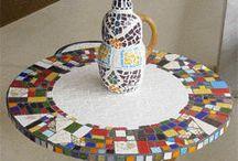 mesas mosaicos / by Alina Beas