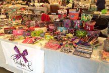 Stand Pauline.R / Mes créations voyagent elles aussi, voici toutes les expos, les marchés de créateurs ou de Noël et les ventes à domicile où vous avez découvert mes créations !