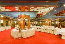 Svatba na Hotelu Bobycentrum**** / Hotel Bobycentrum**** kromě ubytování a kongresových prostor dále nabízí svatební servis. Tým hotelu se postará o Vaši svatbu od prvotní myšlenky až po svatební noc v Prezidentském apartmá, které je chloubou Hotelu Bobycentrum****.