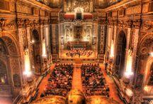 Brahms / Concerto inaugurale dell'Autunno musicale 2014 della Nuova Orchestra Scarlatti. Direttore: Beatrice Venezi. Foto di Klaus Bunker.