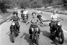 Motorcycle chickas
