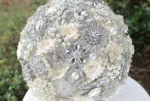Brooch bouquets / Brooches, Flowers, and Color
