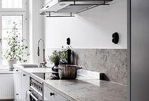 Kitchen & Decor