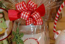 gift ideas / by Carolyn Coffey