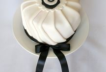 Chic Cakes Designs / by Eileen Khoo
