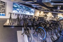 Athlete Lab by Zynk Design / Athlete Lab is the first Real Bike training facility in the UK. With other sites in Singapore and Sydney, Athlete Lab trusted zynk to design their London club.