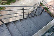 escales exteriors
