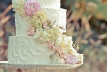 Everything Cakes / From wedding cakes that you'd rather use as decorating item to everyday cakes made at home that you couldn't resist.