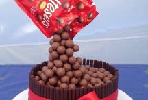 Cakes / Cake ideas and inspiration