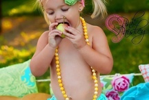 Photo Ideas/girls/Family / by Desiree Gonzales
