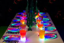 Glowing Birthday Party / Brighten the Birthday Party with some cool glowing birthday ideas and glow products! Light up the Birthday celebration with glowing drink party cups, use glow sticks and glow necklaces as fun handouts or decorations. The ideas for a Glow Birthday Party are endless. Glow Birthday Party Ideas from Glowproducts.com #Glow #Birthday