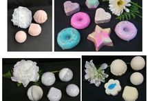 BATH BOMBS - Natural Essences