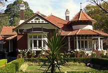 Federation / Federation architecture refers to the architectural style in Australia that was prevalent from around 1890 to 1915; the period refers to the Federation of Australia on 1 January 1901, when the Australian colonies collectively became the Commonwealth of Australia.  The architectural style had antecedents in the Queen Anne style of England and shingle style of the Eastern United States.