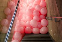 All the space belongs to balloons! / architecture + balloons