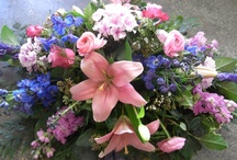 Funeral and Sympathy Flowers / We all know how difficult it is to select a suitable tribute for a loved friend or relative. At Pot Pourri Flowers we will help you to choose the design and flowers that express your sentiments perfectly.