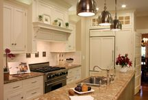 Cozy kitchens / by Karla Persia