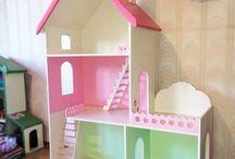 Ahlap kız çocuk evi