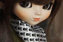 Pullip / Tablica przedstawia stylizacje lalek Pullip. Faschion dolls.